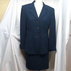 Valerie Stevens Women's Suit